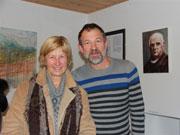 Alenka Adamič in Boris Kubelj v rojstni hiši Jakoba Aljaža