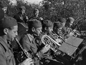 Vojaška godba pod dirigentskim vodstvom Bojana Adamiča