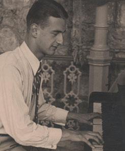 Bojan Adamič – pianist leta 1932.
